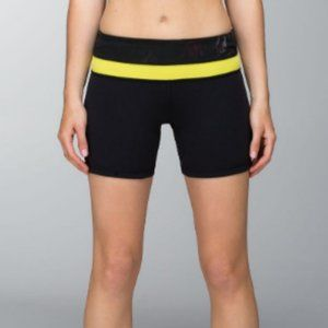 Lululemon Reversible Groove Shorts black yellow